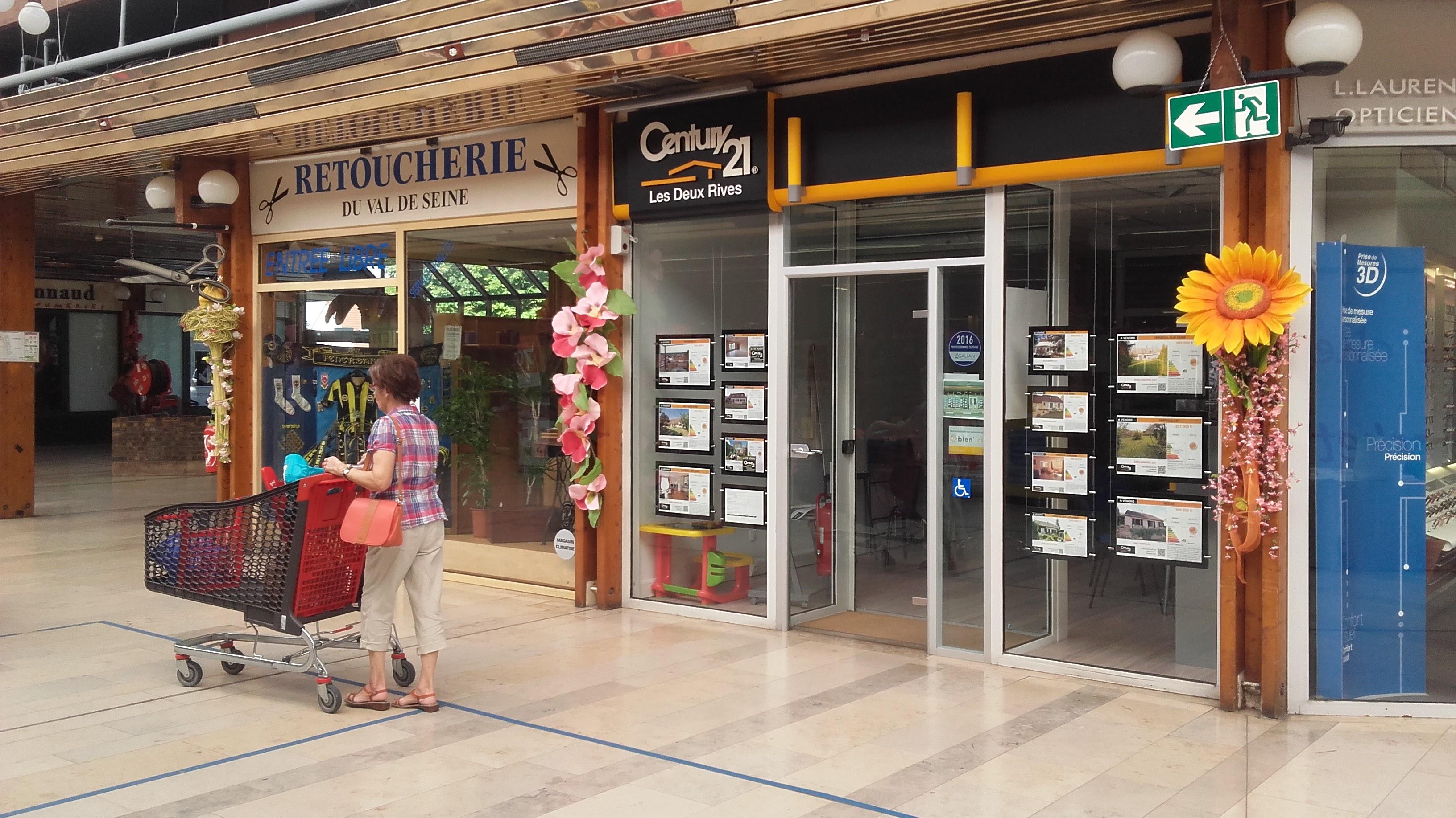 Century 21, Les Deux Rives au centre commercial du Val de Seine à Vernouillet