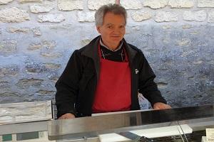 Fromagerie : La Ferme du Couesnon au marché de Verneuil sur Seine