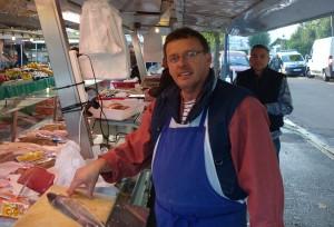 Poissonnerie BILLARD GRANVILLE au marché de Verneuil sur Seine