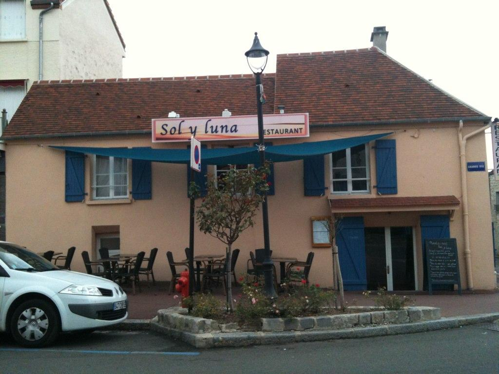Restaurant Sol y Luna à Verneuil sur Seine