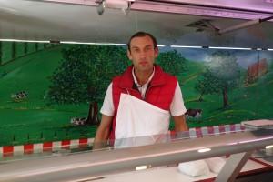 Saveur d'autrefois boucher et charcutier au marché de Verneuil sur Seine