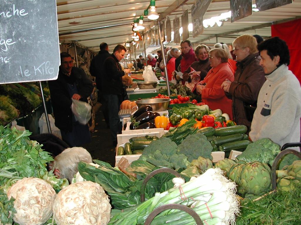 Le marché de Verneuil sur Seine