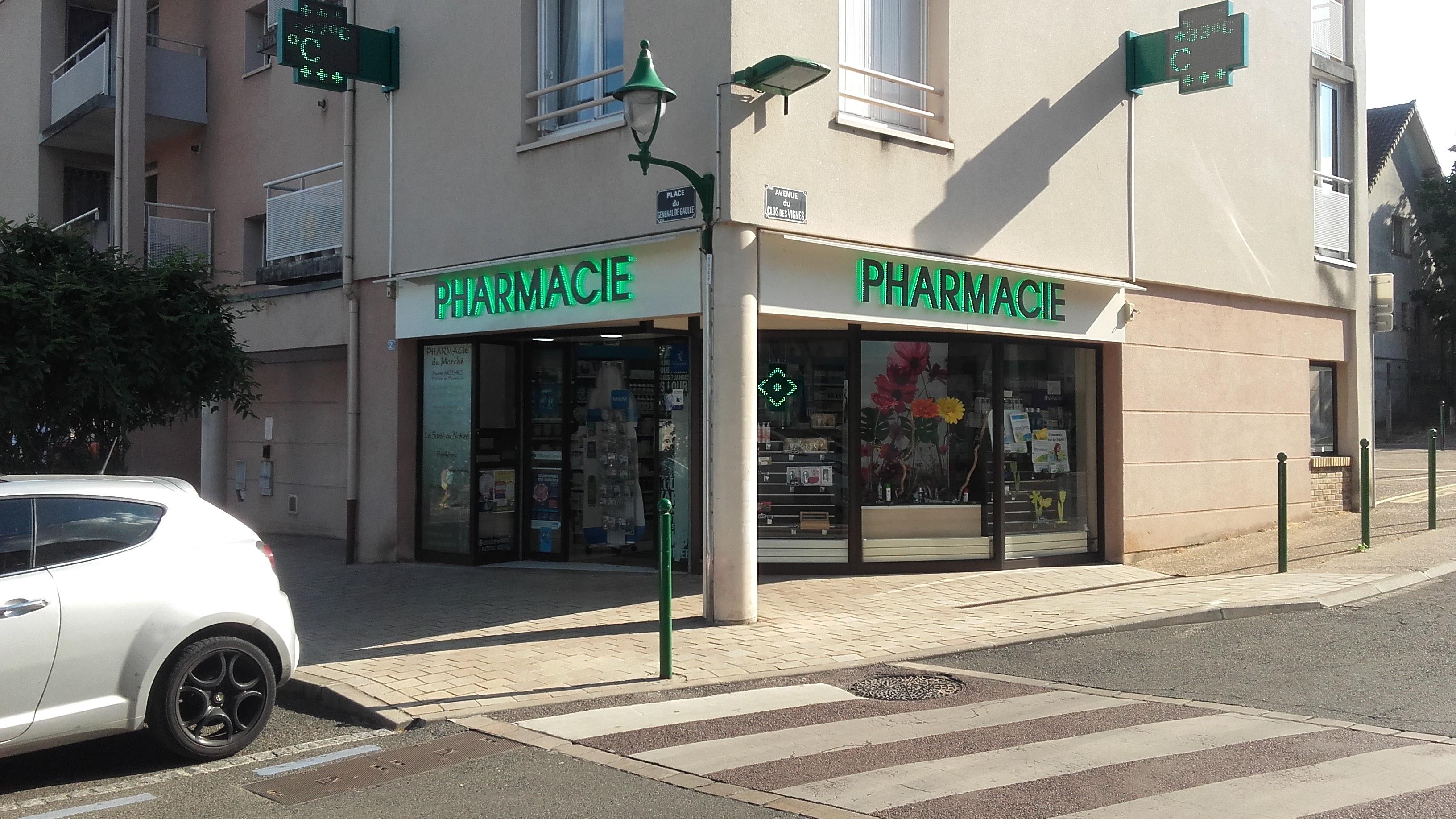 La Pharmacie Tausky-Dauchet-Lejosne en centre ville de Vernouillet