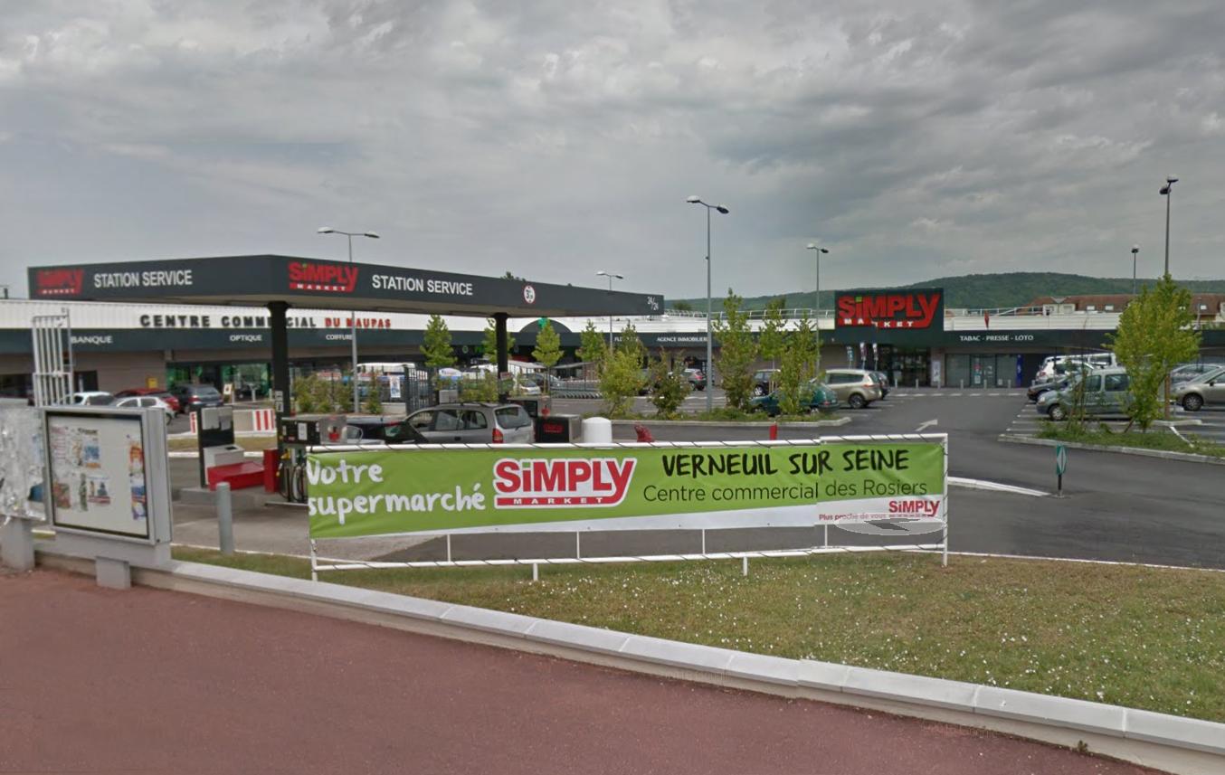 Le centre commercial du Maupas à Verneuil sur Seine